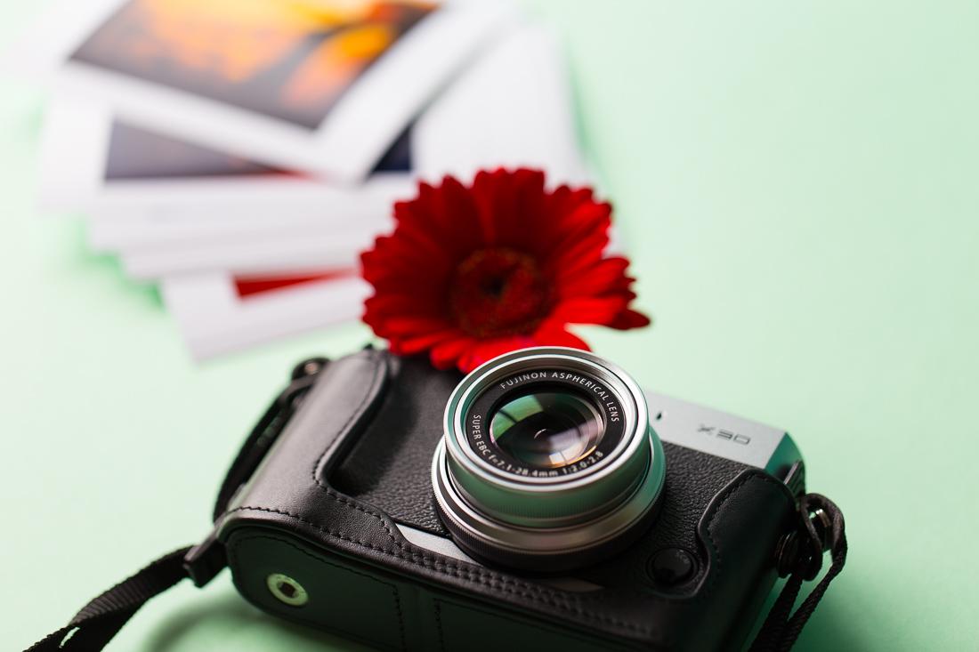 Photographie A travers mon objectif, je capture le monde à travers un moment de vie, une histoire, un voyage. J'aime tout autant les portraits, les paysages et la nature.